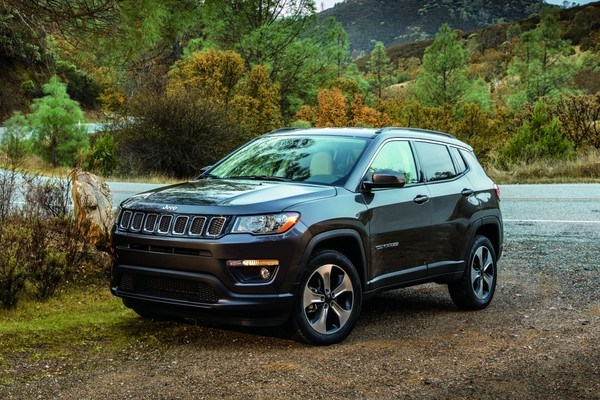 All-new 2017 Jeep¨ Compass Latitude